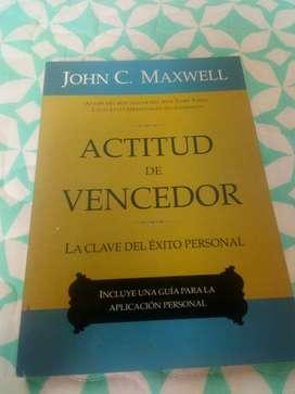 """Vendo o Cambio libro """"ACTITUD DE VENCEDOR"""""""