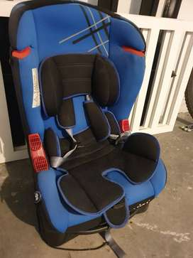Silla Carro Para Bebe Color Azul Marca Priori