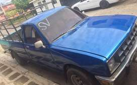 Isuzu pick up.