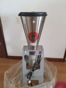 Licuadora Industrial De 15 Litros Nueva Modelo: Lar-15pmb