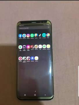 Vendo s8 de 64 GB de interna y 4 de RAM