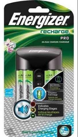 Cargador Bateria Energizer Con 4 Baterías Aa Nimh Recargable