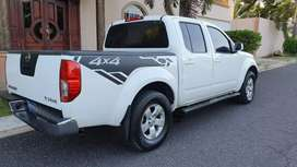 Nissan Frontier 2013 Doble Cabina 4x4 Full Extras