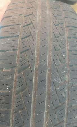 Cuatro neumáticos usados 225/65 R17 Y M+S