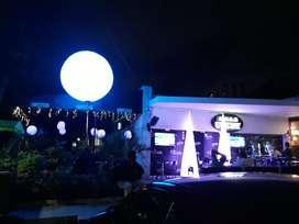 Calle 84. Discoteca Bar, Comida