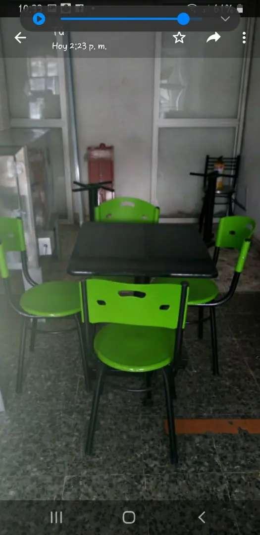 Vendo juego de sillas con mesa nuevos