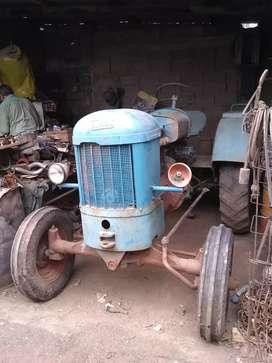 Vendo urgente tractor