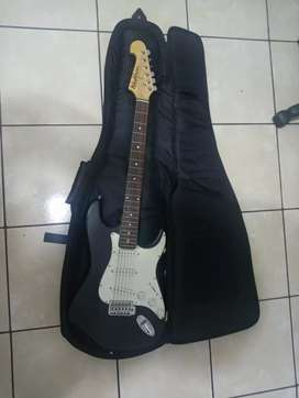 Guitarra Washburn estado 8/10