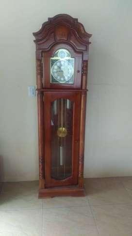 Reloj Grandfather Tempus Fugit Alemán