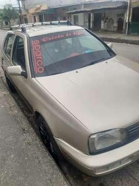 Auto deportivo. 3800 negociable