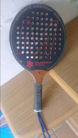 Raqueta de paddle, Mugeen