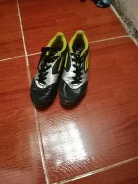 Guayos  adidas F50