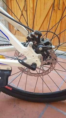 Bicicleta semi nueva