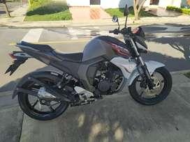Vendo motociecleta FZ 2017 Nueva y excelente estado negociables