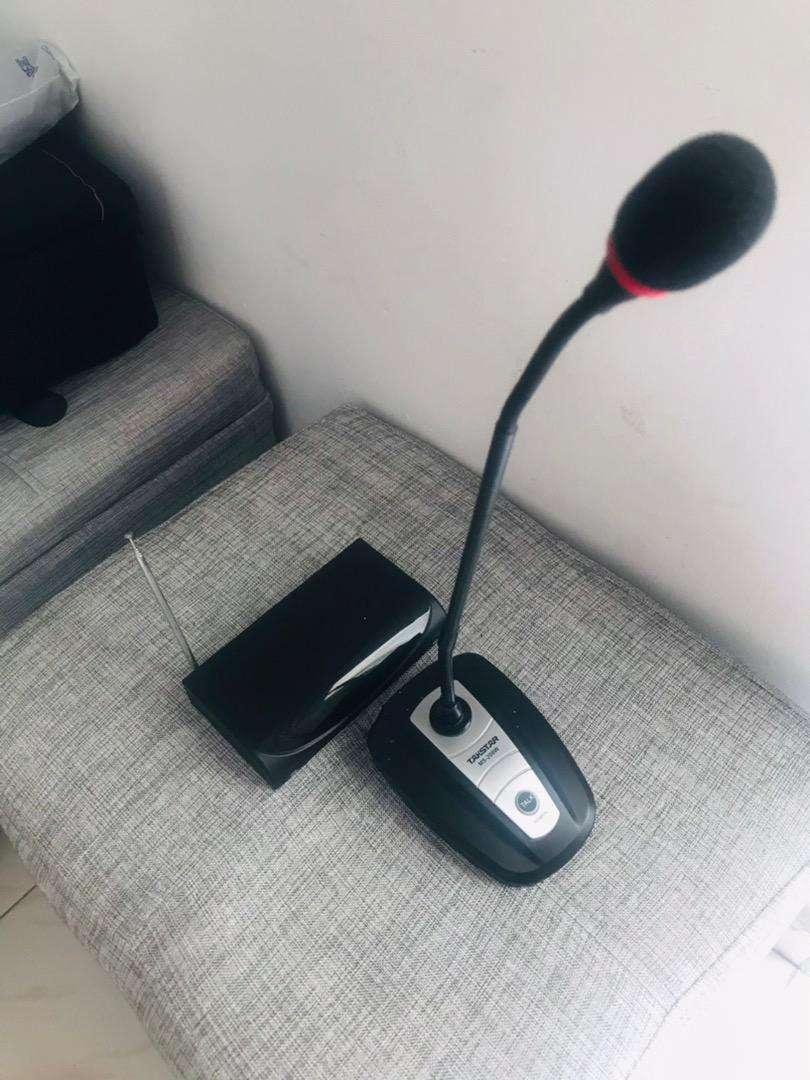 Microfono inalambrico conferencias