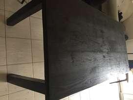 mesa de madera + 4 sillas de caño