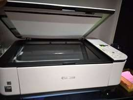 Impresora Canon MP250 a color (sin cartuchos)