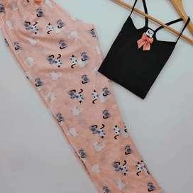 Pijamas algodón y satín