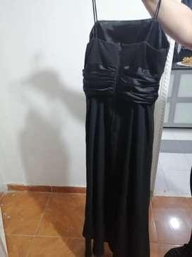 Vendo lotes de vestidos de coctel usados de mujer!! Más de 2 mil vestidos.