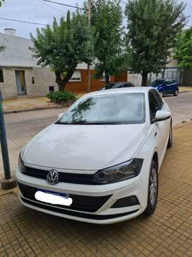 VOLKSWAGEN POLO TRENDLINE 1.8 MANUAL 2018