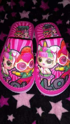 Pantuflas para niñas Lol. Ultimas en stock