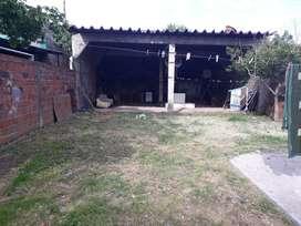 Casa con galpon en alkiler no en venta