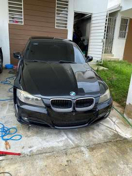 BMW negro negociable
