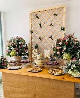 Decoracion , flores , sonido . Iluminacion, catering , orquestas todo para tu evento , respetando los protocolos actual
