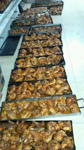 Horneado de lechon pavos pollos  también aderezado