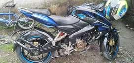 De venta moto pulsar ns 200 perfectas condiciones valor 2.700 negociable