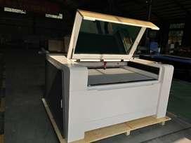 Maquina Láser de corte y gravado