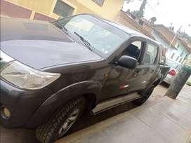 Vendo camioneta Toyota 4x4 año 2014