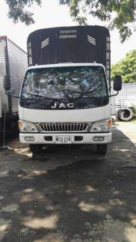 CAMION JAC 2015 CALI