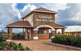 Vendo Lote con excelente ubicación en Condominio Mesa de los Santos