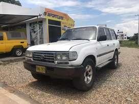 Vendo o Permuto Toyota Burbuja vx