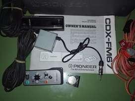 Una disquetera para auto marca Pioneer