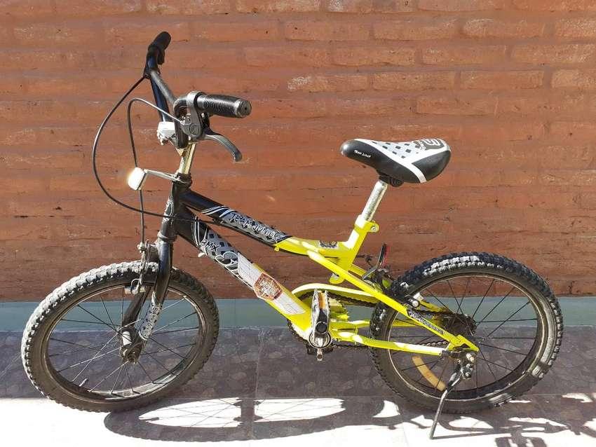 Bicicleta R16 0