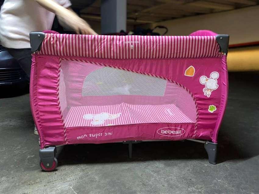 Corral Marca Bebesit, color rosado