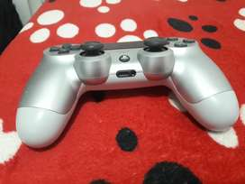 Control de play 4 de color gris