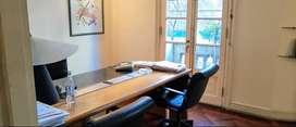 Excelente Oficina, 4 ambientes, semipiso al frente