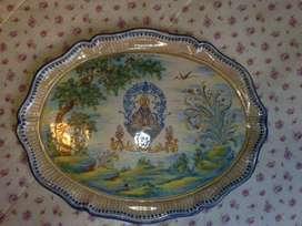 Antigua bandeja de ceramica talavera original para adorno o coleccion