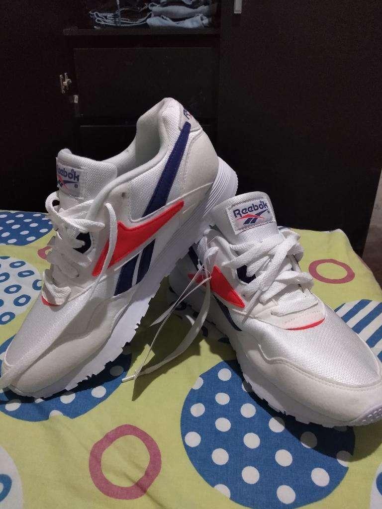 Zapatillas Reebok Nuevas 0