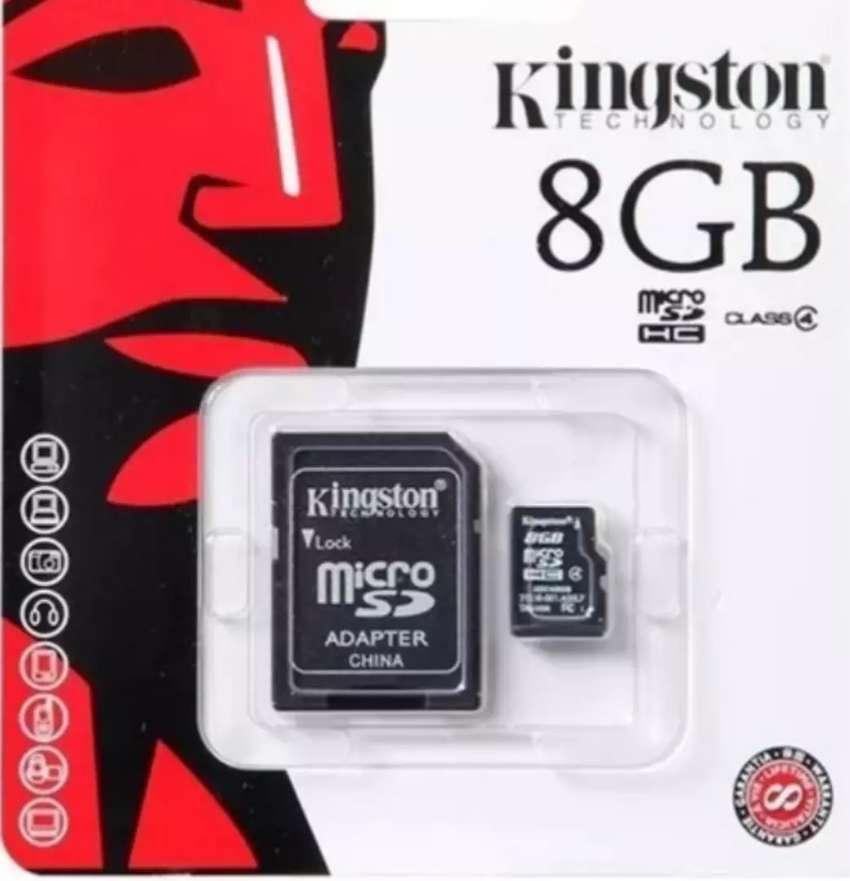 Micro SD de 8 GB 0