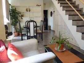 Duplex 3 amb y 1 escritorio cerca Hospital italiano de Buenos Aires