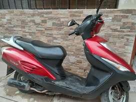 Vendo moto honda elite 125 año 2012