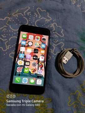 Vendo o Cambio Iphone 7 de 32GB ( LIGERO DETALLE ESTÉTICO NO NOTABLE ) Libre De Todo Operador 4G LTE
