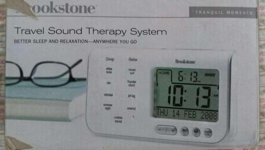 Travel Sound Therapy System Brookstone Momentos de tranquilidad 0