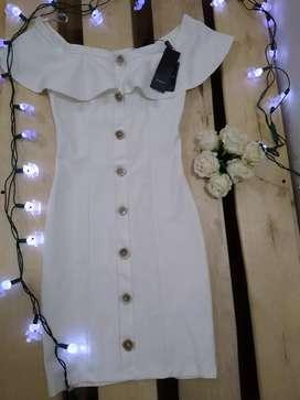 Hermoso vestido de Studio F talla 8