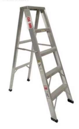 Se vende escalera en aluminio usada de 5 pasos