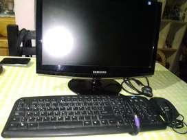 Vendo teclado  monitor y  Mau